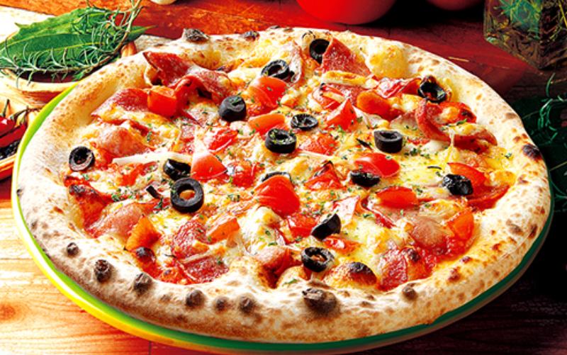 ナポリの窯トマトソースのシェフズミックスピザ