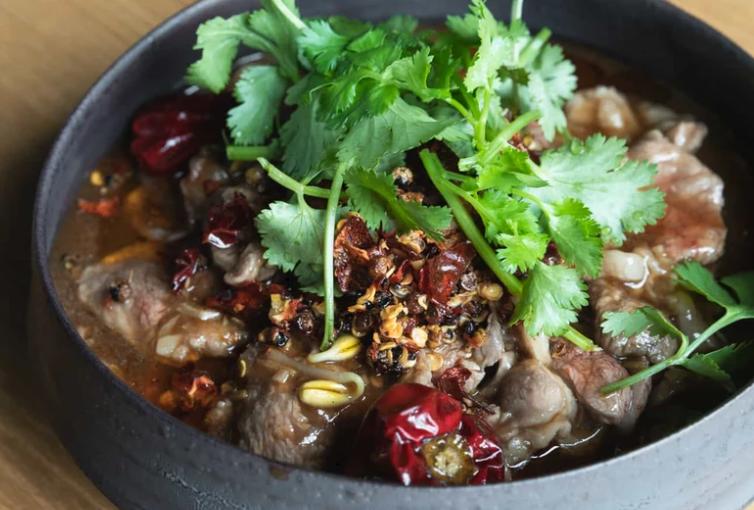 水煮羊肉片(スイジュウヤンロウピエン)